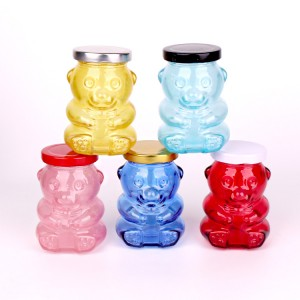 Factory supplied Large Cylinder Glass Vase - Bear shaped customised glass candy jar food storage glass jar with tin lid – Yanjia