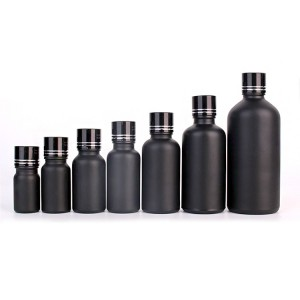 Set of 7 black glass spray bottles for essential oils with sprayers pump lid