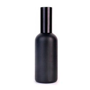 China New ProductSquare Glass Jar With Metal Lid -